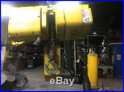 Acco WRIGHT WAY 1/2 Ton Electric Chain Hoist 460V 16/5 Fpm 2104880