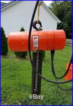 CM Lodestar 1 Ton Electric Chain Hoist