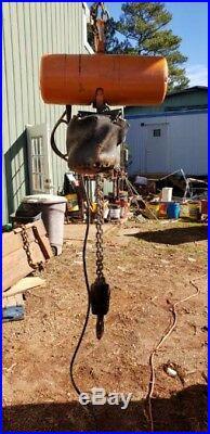 CM Lodestar 1 Ton Electric Hoist 18' Chain Great Condition