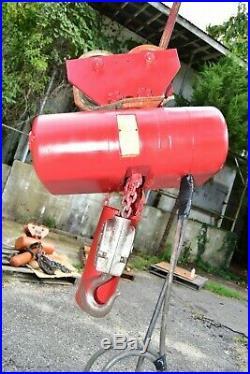 CM Lodestar Model R 2 Ton Electric Chain Hoist 8FPM, 3 phase 1HP WITH Trolley