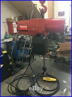 Dayton 1 Ton Chain Hoist 115 Volt 1 Phase 20' Lift