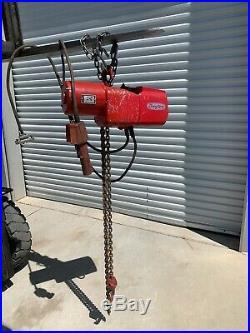 Dayton 1 ton Electric Chain Hoist 9N100B (10 ft lift) 3 phase power