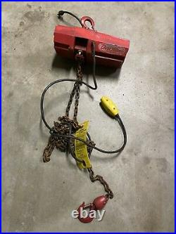Dayton Electric Chain Hoist 300 Lb 115 Volt 4Z358B As-Is Pops Breaker
