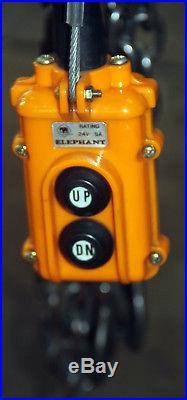 USED JET 1/2-Ton Capacity 15 ft. Lift Electric Chain Hoist 1-Phase 115 Volt
